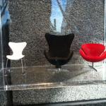 Minidesign stolar på Clarion Sign