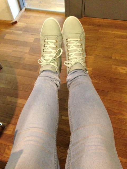 Nya vårkläder och skor