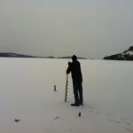 Pappa borrar på isen